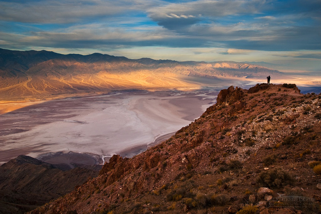 Photo: Tourist overlooking Panamint Mountains over Badwater Basin,  from Dante's View, Death Valley National Park, California