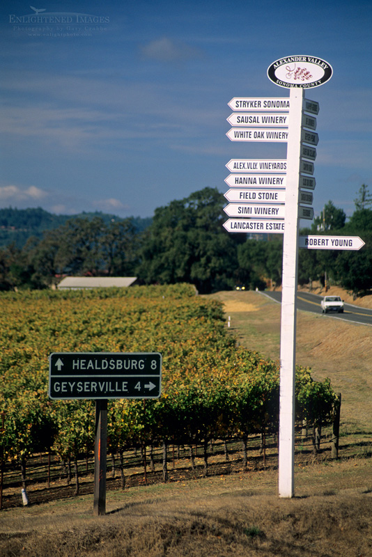 Photo: Road sign to vineyards in the Alexander Valley, Sonoma County, Californi