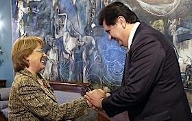 Alan y Bachelet