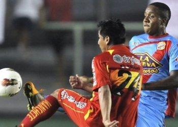 Sport Huancayo no tuvo nivel internacional y cayó 3-0 ante Arsenal de Argentina