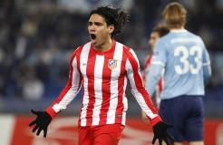 Falcao García marcó dos goles en la victoria del Atlético de Madrid 3-1 ante Lazio