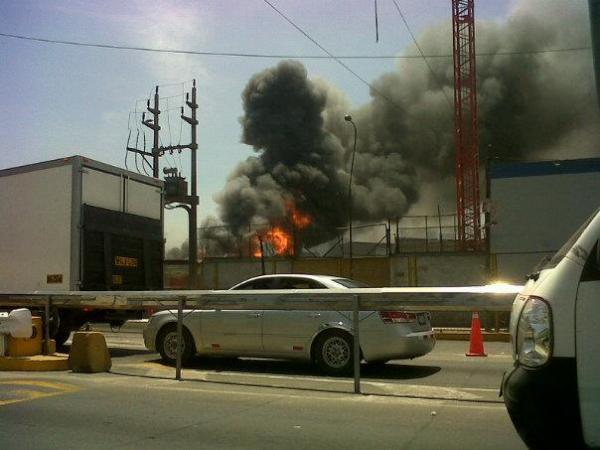 Incendio de proporciones en Santa Anita