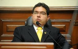 Congresista Michael Urtecho