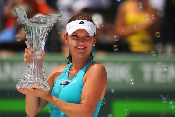 La polaca Radwanska campeonó en Miami tras vencer a Sharapova