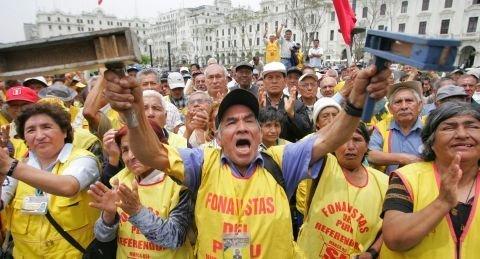 Fonavistas empiezan a cobrar en 40 días anuncia ministro de Economía
