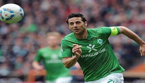 Claudio Pizarro marcó 19 goles en la temporada de la Bundesliga