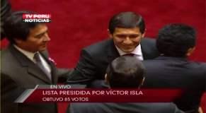 Víctor Isla celebra