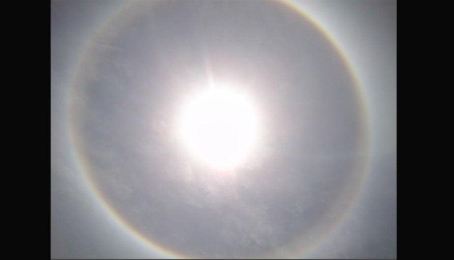 Halo solar sorprendió a los arequipeños. (Foto: @dhaymi)