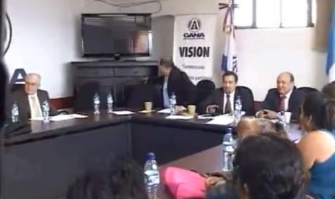 Sismo sorprendió a diputados en Guatemala