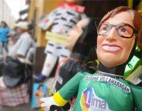 Muñeco con el rostro de Susana Villarán