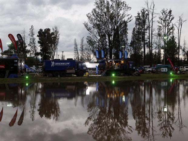 El Rally Dakar 2013 tuvo una octava etapa muy accidentada a causa de factores climáticos.