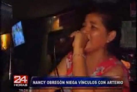 Nancy Obregón desde un karaoke (Captura: 24 horas)