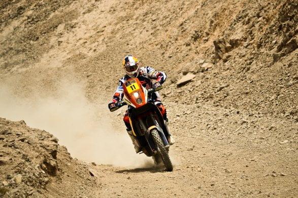 El portugués Rubén Farias tomó la punta en motos