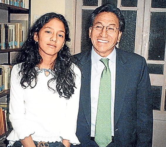 Zaraí Toledo y su padre Alejandro Toledo, una de las pocas fotos existentes (Diario Correo)