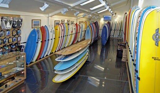 Las exportaciones de tablas de surf pueden crecer más hacia el marcado estadounidense si se reducen los costos de transportes