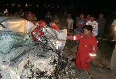 (Referencial) Un fallecido y cinco heridos por choque de buses en Arequipa