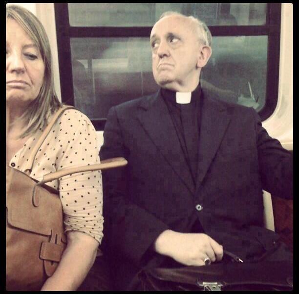 El ahora Papa Francisco, cuando era cardenal viajaba en bus y subterraneo