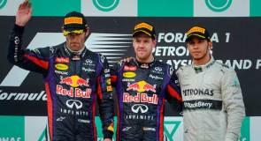 El tricampeón de Fórmula 1, Sebastian Vettel, se adjudicó el GP de Malasia, con cierta polémica, la cual originó la molestia de su compañero Webber.