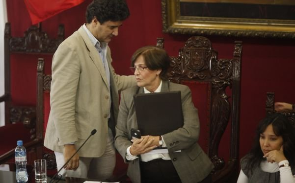 Susana Villarán y teniente alcalde Eduardo Zegarra quien sería revocado
