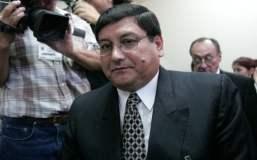 Incautan celular oculto en celda de Fernando Zevallos