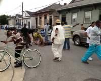 FOTOS: Evacúan a heridos en tiroteo de Nueva Orleans