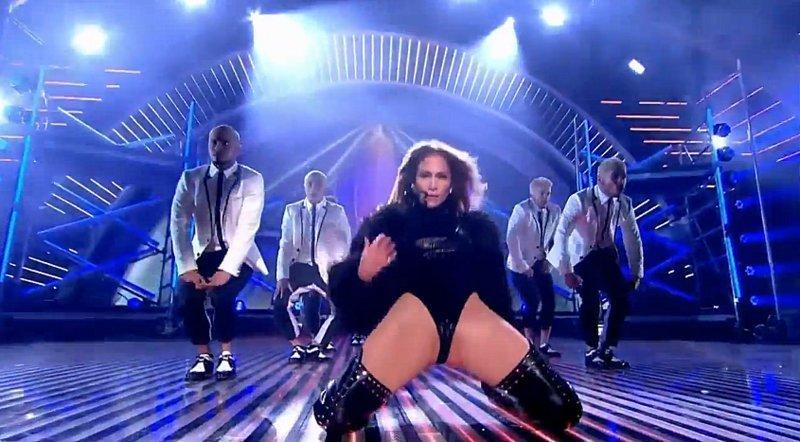 (Video) Esta es la escena del baile de Jennifer López que inquietó a británicos