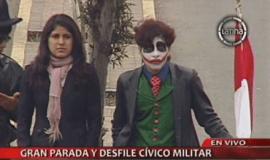 'Guasón' intentó subir al estrado oficial en la Parada Militar (Video)