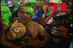 "Alberto ""Chiquito"" Rossel retiene título mundial de box"