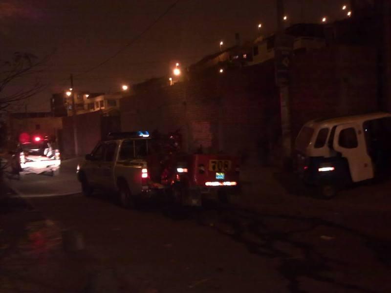 SJM: Tres heridos por choque de auto con dos mototaxis
