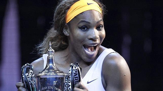 Serena Williams es de lejos la mejor en el ranking femenino de tenis. En el presente año ya suma once torneos en su haber.
