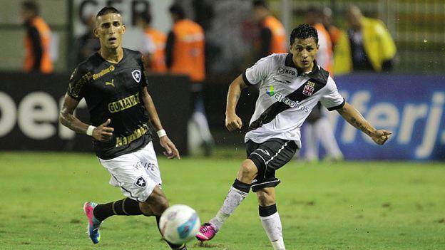 Yoshimar Yotún jugó todo el encuentro con su equipo Vasco da Gama.