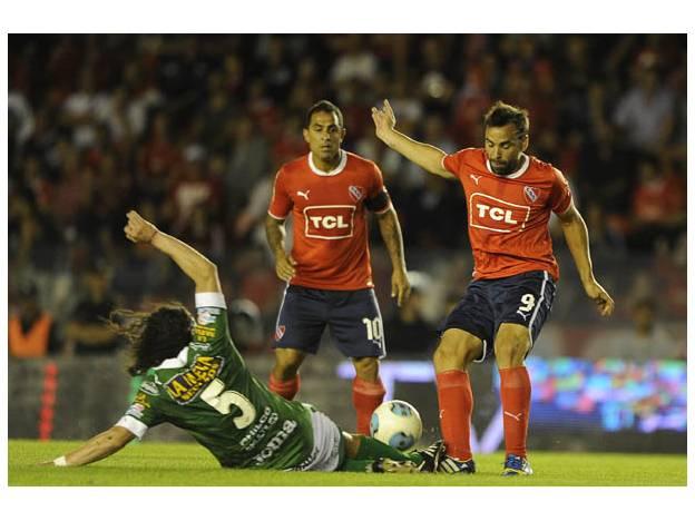Independiente espera continuar por la senda del triunfo para entrar en posiciones de ascenso a la primera división de Argentina.