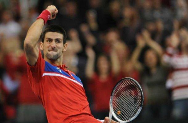 Djokovic ganó el primer punto para Serbia en la final de la Copa Davis.