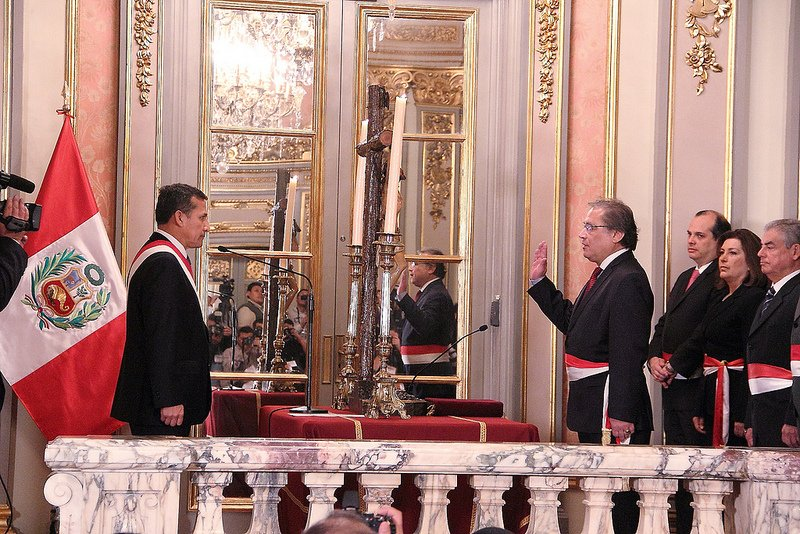 Walter alb n jurament como nuevo ministro del interior for Nuevo ministro del interior