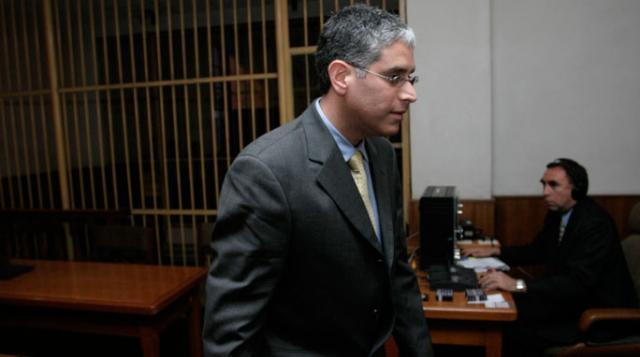 Fiscalía allanó dos casas de López Meneses buscando equipos de chuponeo