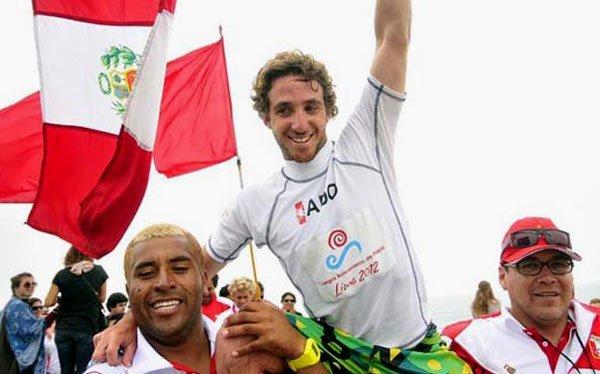 El surfista Tamil Martino sumó la medalla de oro 18 para la delegación peruana.