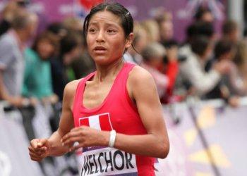 Perú hizo el 1-2 en la prueba de los 10 mil metros planos que ganó Inés Melchor (en la foto).