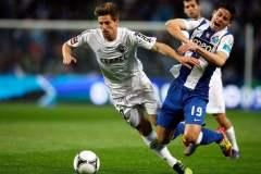 Porto necesita ganar para mantener la punta del campeonato de fútbol portugués.
