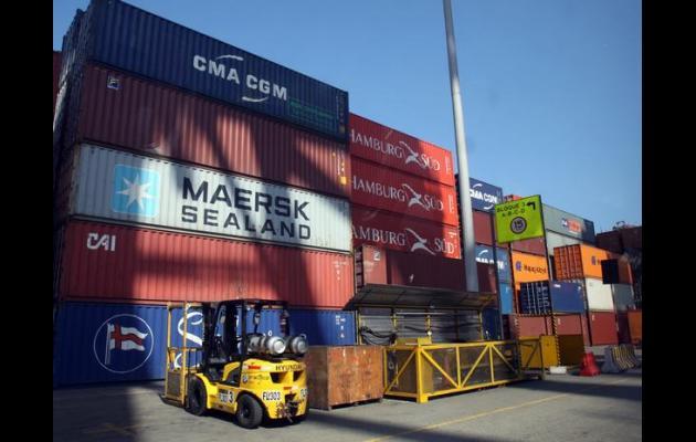 Las exportaciones nacionales siguen a la baja.