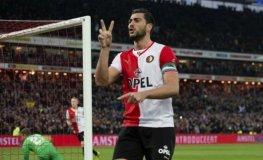 Feyenoord agudizó la crisis del PSV Eindhoven tras derrotarlo por 3-1.