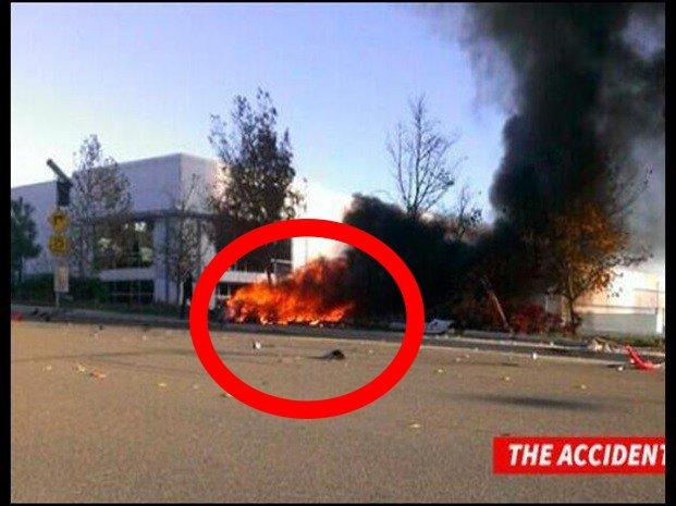 [VIDEO] Investigan si Paul Walker intentó escapar de auto en llamas