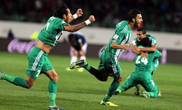 Raja Casablanca clasificó a la siguiente fase del Mundial de Clubes con un gol en los tiempos de descuento.