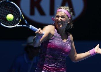Victoria Azarenka fue de menos a más en su primer partido del Abierto de Australia.