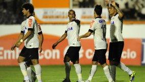Luego de  cuatro meses y medio (contrajo una lesión) Paolo Guerrero marcó un gol para el Corinthians