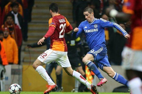Chelsea logró un importante triunfo con gol de visita incluido ante Galatasaray.