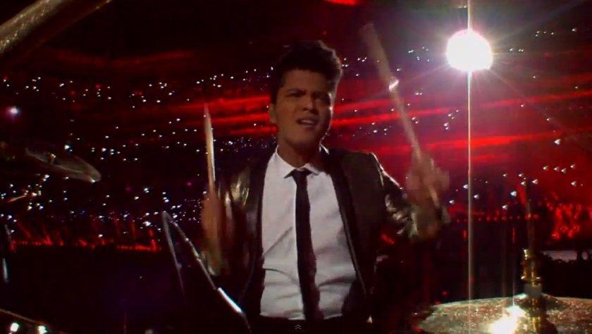 [VIDEO] Bruno Mars y RHCP: Así fue el halftime show del Super Bowl 2014