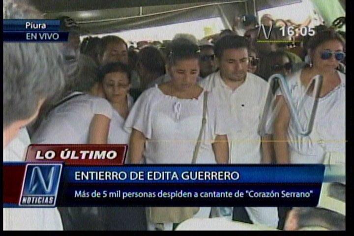 Corazón Serrano: Edita Guerrero es sepultada ante 5 mil personas