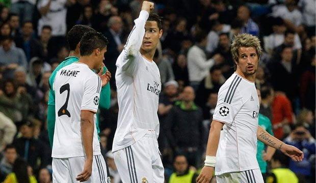 Cristiano Ronaldo fue la figura del partido ante Schalke tras anotar dos goles.