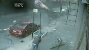 Video CBS News / Impactante: Video de la explosión que destruyó dos edificios en Nueva York
