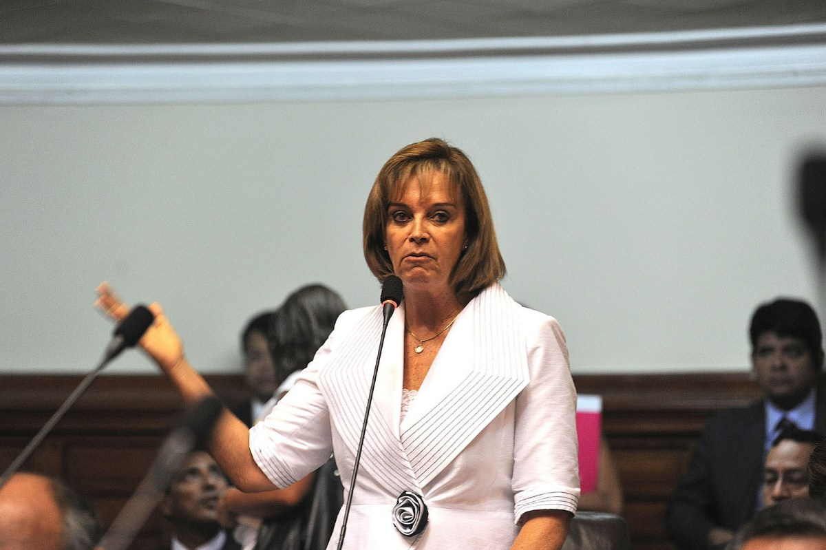 """Cuculiza: """"Encuestas y no referéndum para Unión civil y aborto terapeútico"""""""